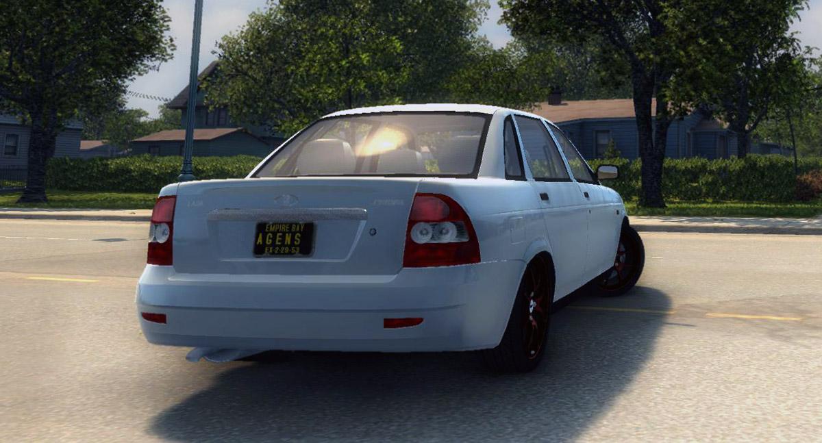 priora-sedan-2